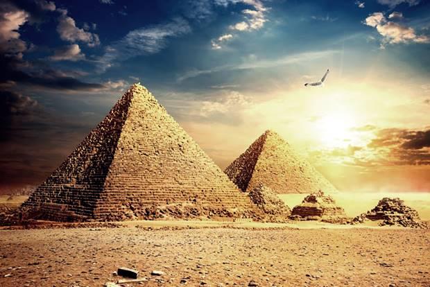 gizai-piramisok