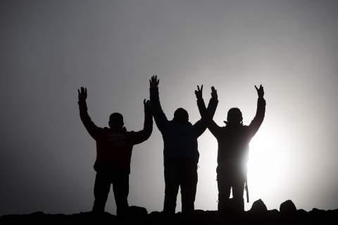 A tavaszi napéjegyenlőség alkalmából a Nap piramisánál tartott ünnepségen vesznek részt látogatók a Mexikóvárostól 40 km-re északra fekvő Teotihuacanban Fotó: Daniel Cardenas / AFP
